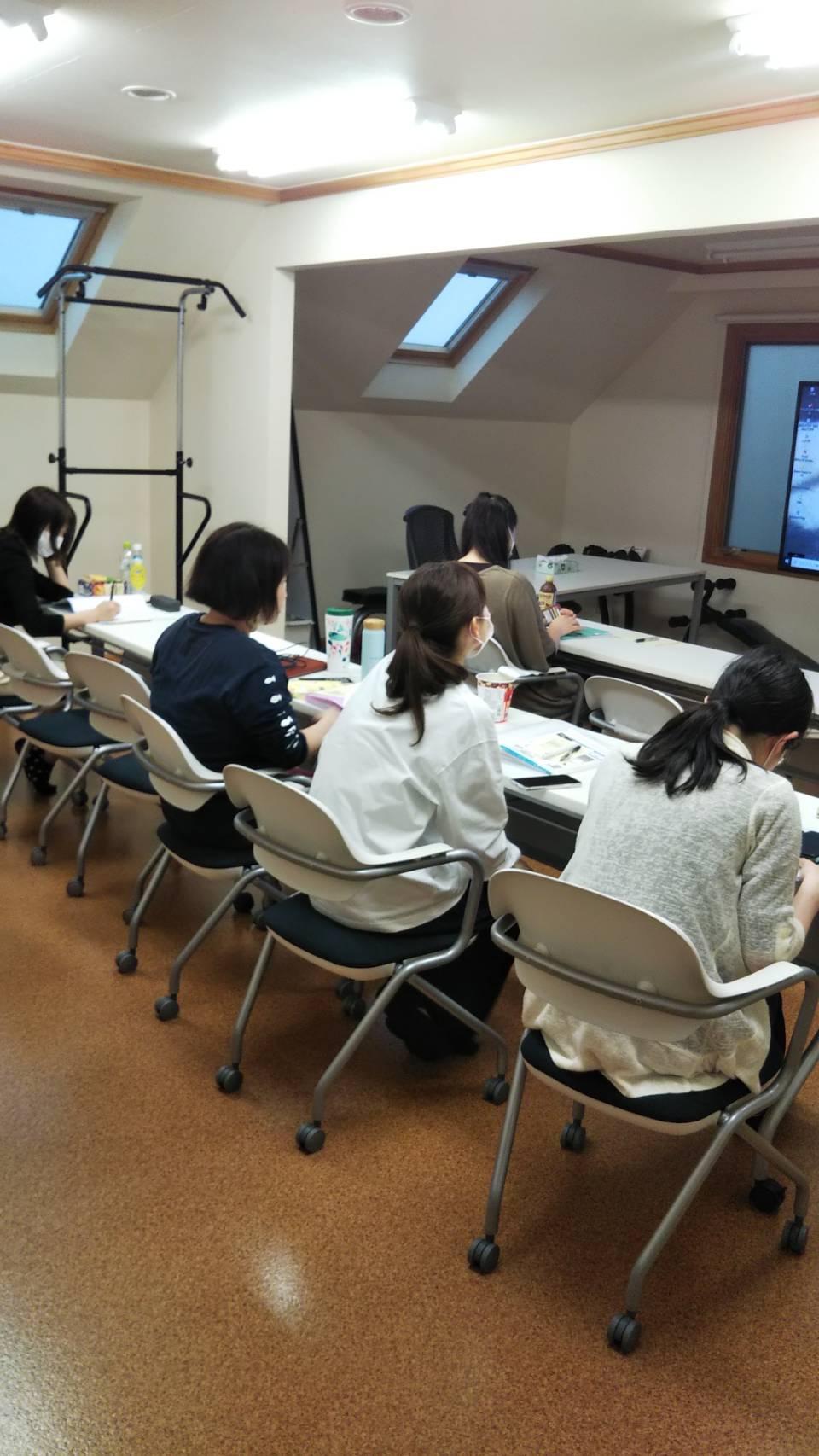 【臨床病理科】5月勉強会 ~看護師も日々研鑽⑥~|5月勉強会|りんごの樹動物病院 | 愛知県安城市の動物病院です